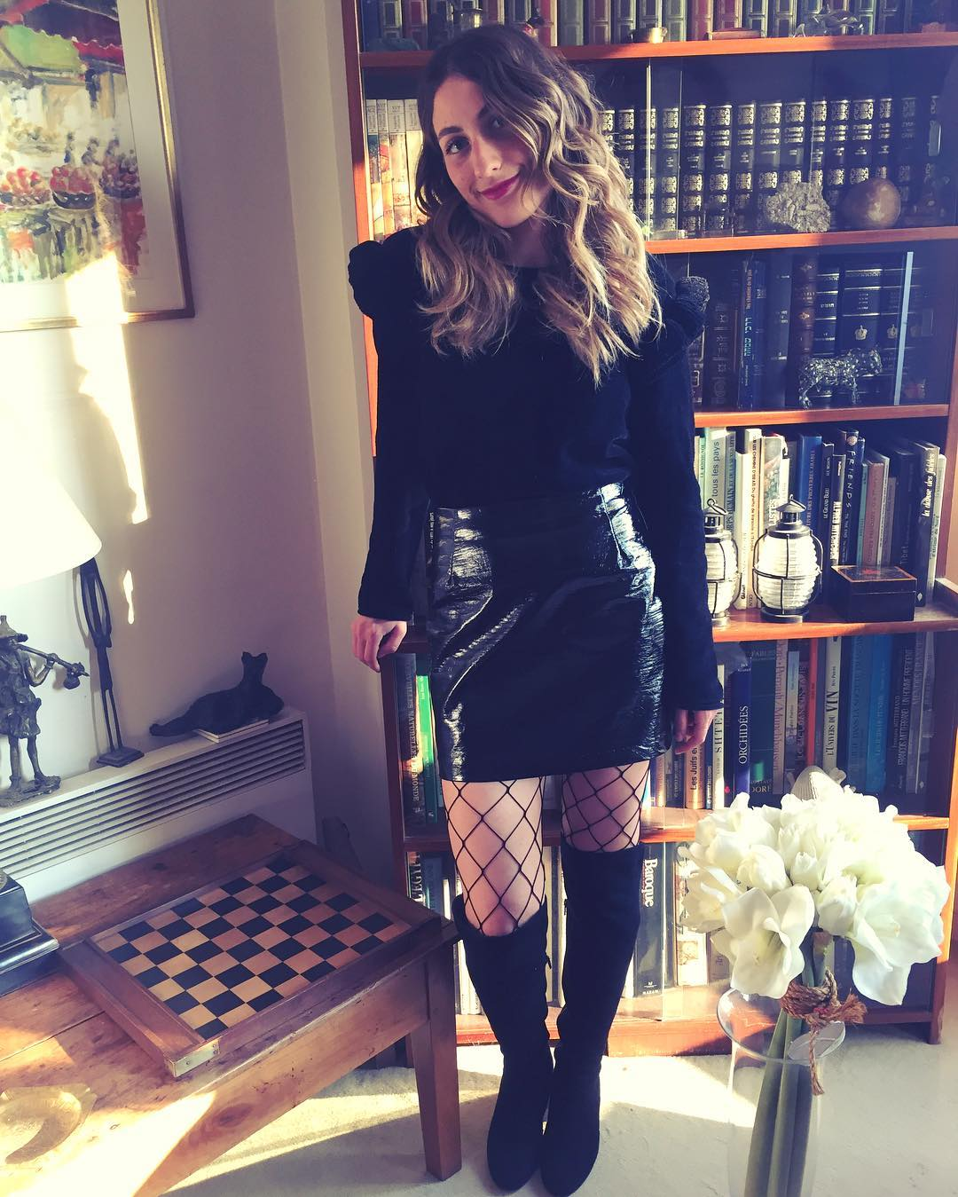 tendance-vinyle-total-black-outfit-resille